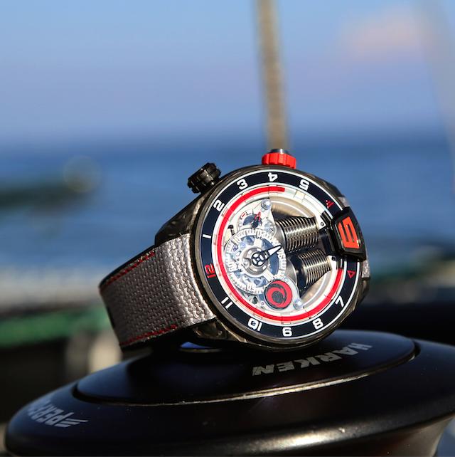 Luxusni hodinky HYT H4 ALINGHI
