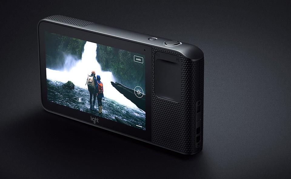 Revolucni fotoaparat Light L16 Camera