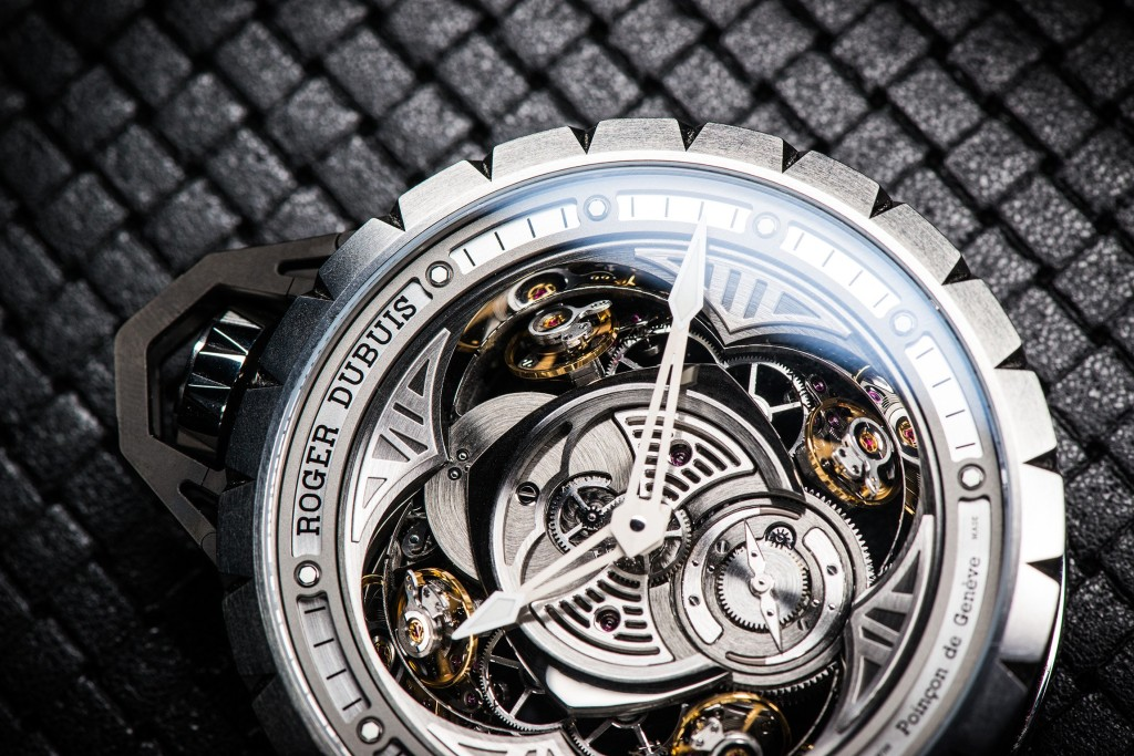 Roger-Dubuis-Excalibur-Spider-Pocket-Time-3