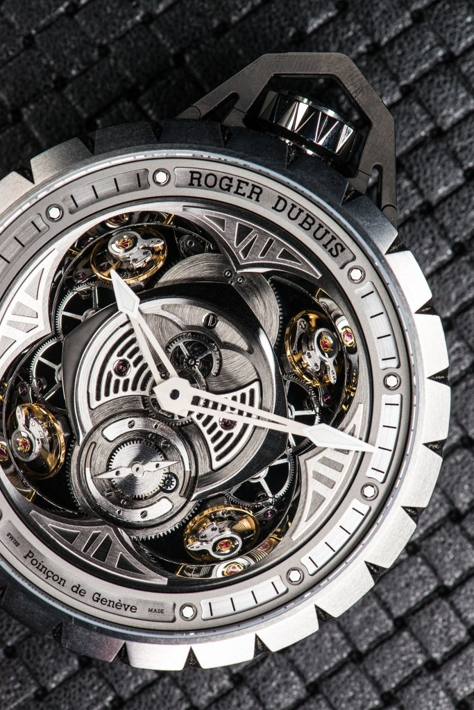 Roger-Dubuis-Excalibur-Spider-Pocket-Time-4-683x1024