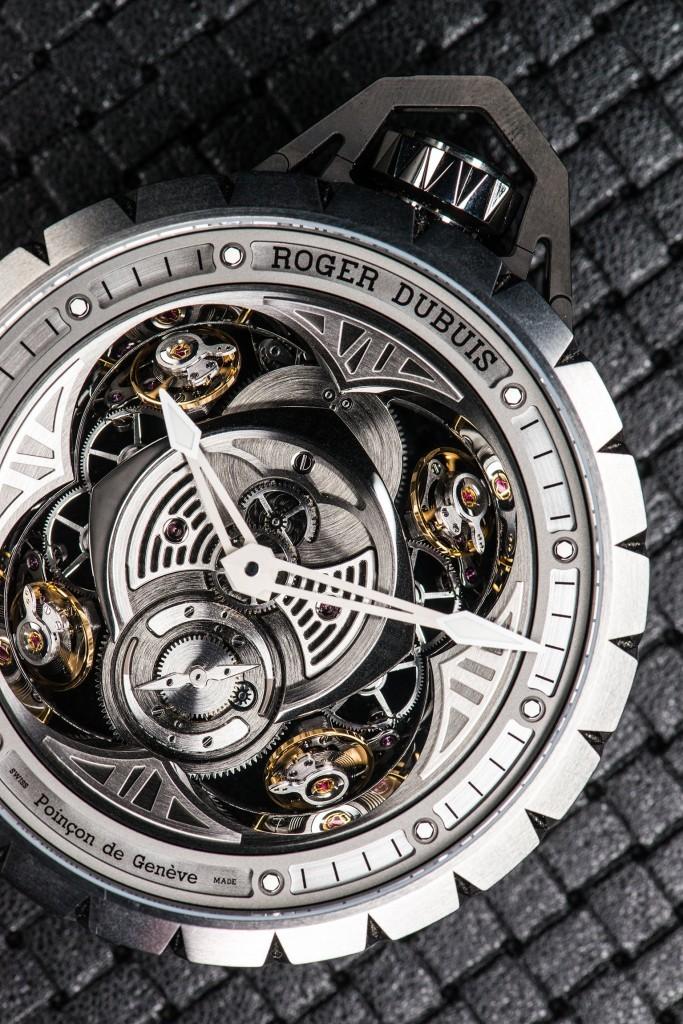 Roger-Dubuis-Excalibur-Spider-Pocket-Time-4-683x1024