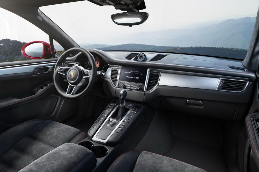 Porsche Macan GTS interier
