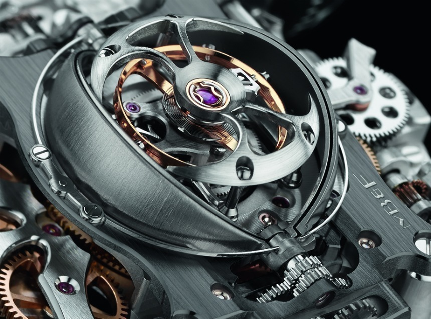 "Letajicí tourbillon MB&F Horological Machine No. 6 SV ""Sapphire Vision"""