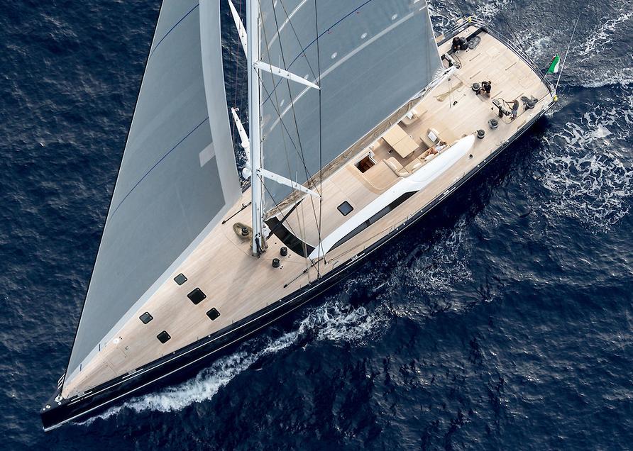 Luxusní plachetnice Nautors Swan 115 S