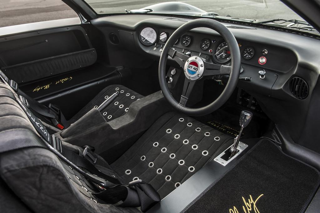 Ford GT40 - 50th Anniversary Edition sportovní vůz
