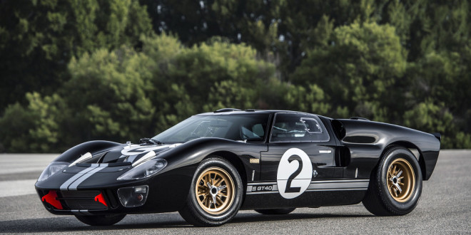 Luxusní Ford GT40 50th Anniversary Edition
