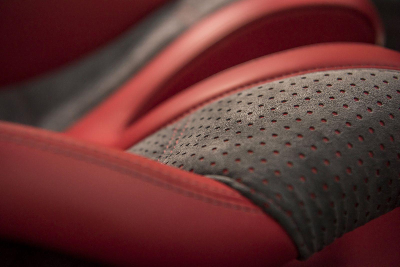 Pagani Huayra BC Limited Edition interior