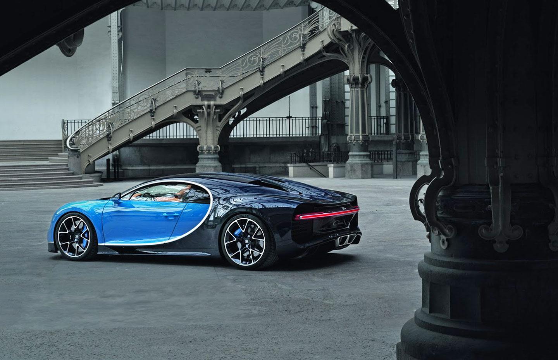 Bugatti Chiron zadní část