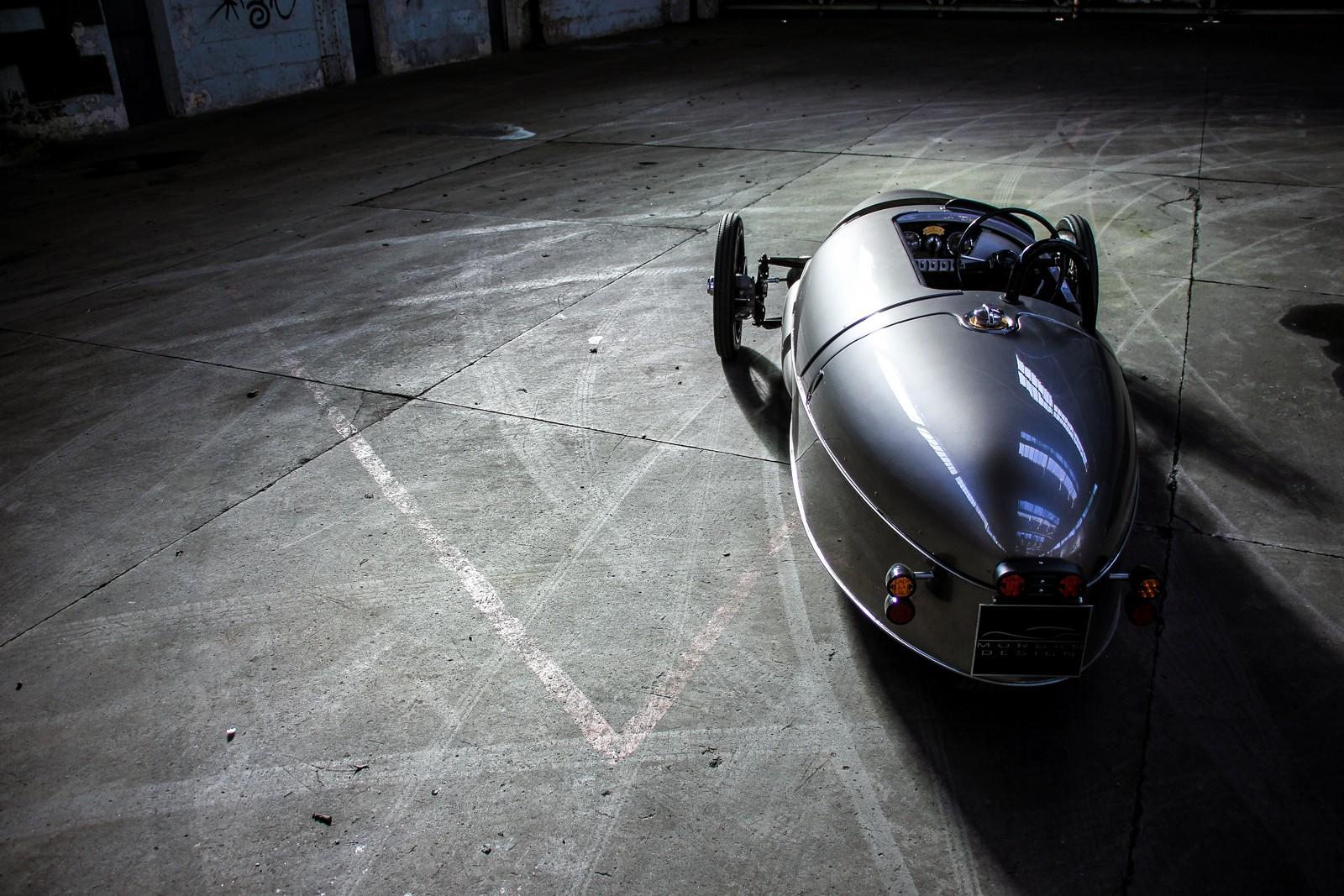Morgan EV3 - stylový elektromobil