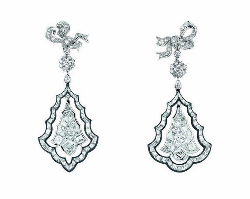 Diamantové naušnice - Dior a Versailles