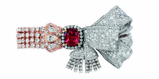 Dior a Versailles luxusní šperky