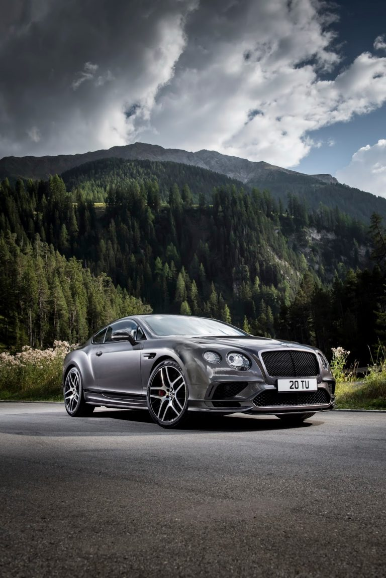 luxusni-automobil-bentley-continental-supersports