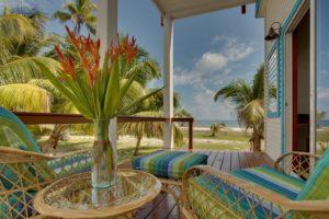 hatchet-caye-island-resort