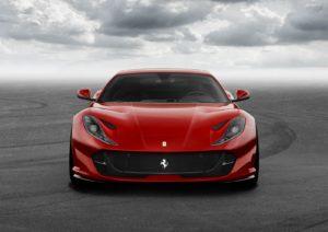 luxusni-ferrari-812-superfast