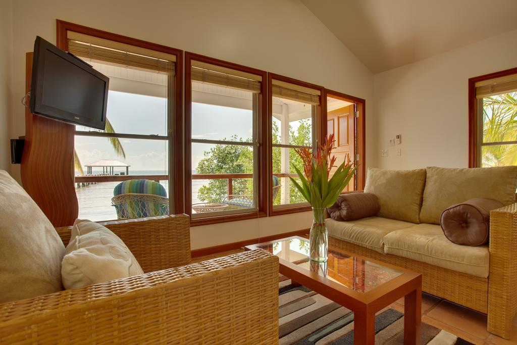 luxusni-dovolena-hatchet-caye-island-resort