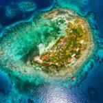 Privátní ostrov na prodej – Hatchet Caye Island Resort