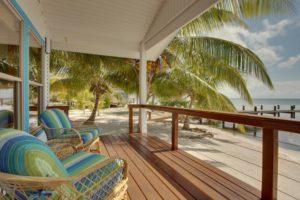 ubytovani-hatchet-caye-island-resort