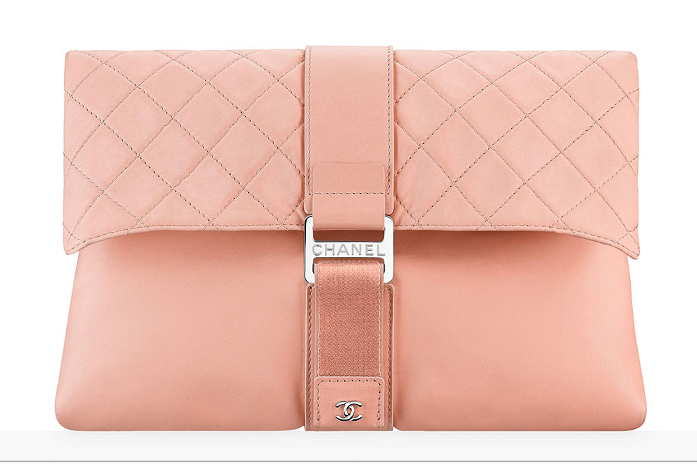 chanel-clutch-ruzova-luxusni-kabelka-21-92
