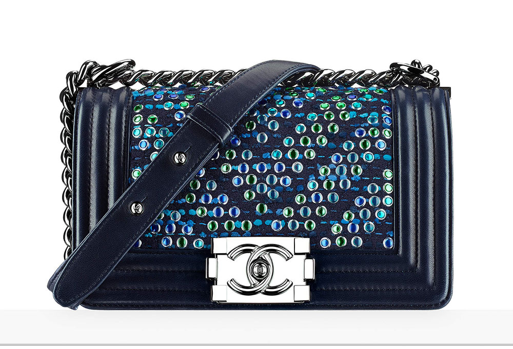 chanel-embroidered-small-boy-bag-29-92