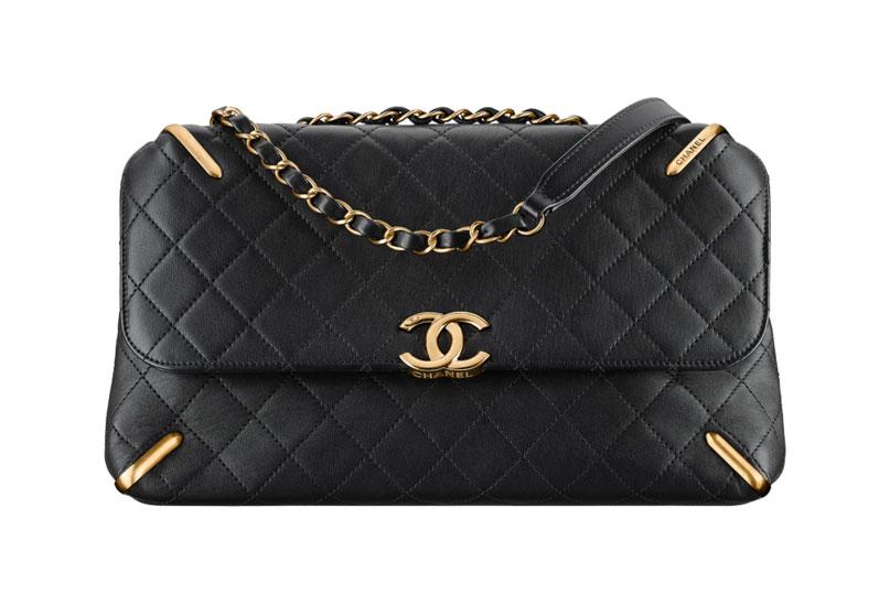 chanel-flap-bag-black-33-92