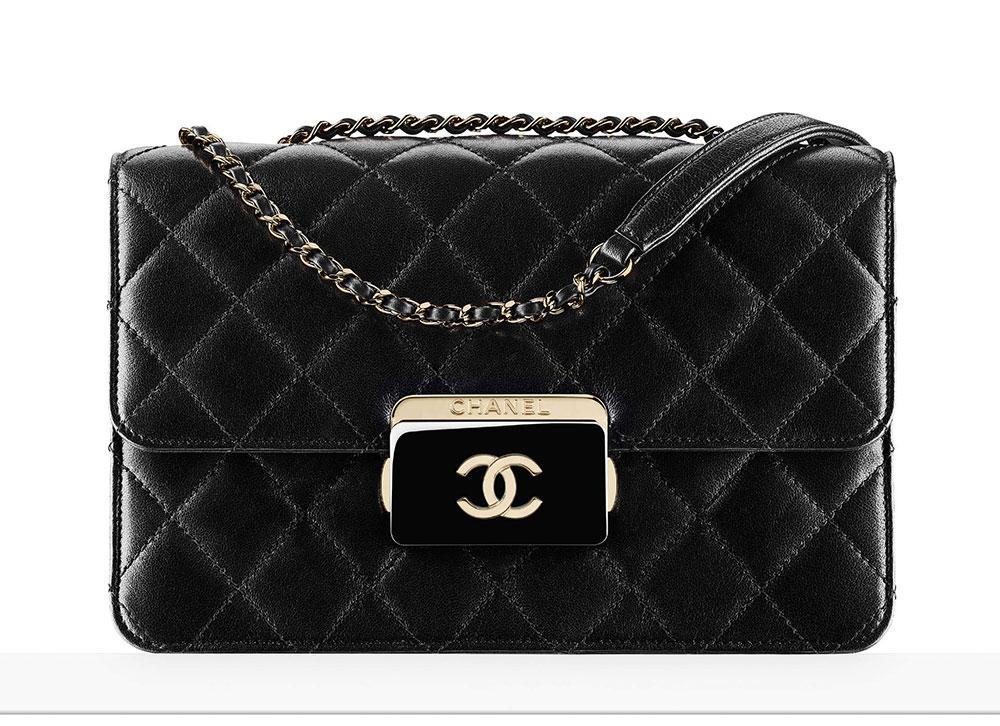 chanel-flap-bag-luxusni-kabelka-31-92
