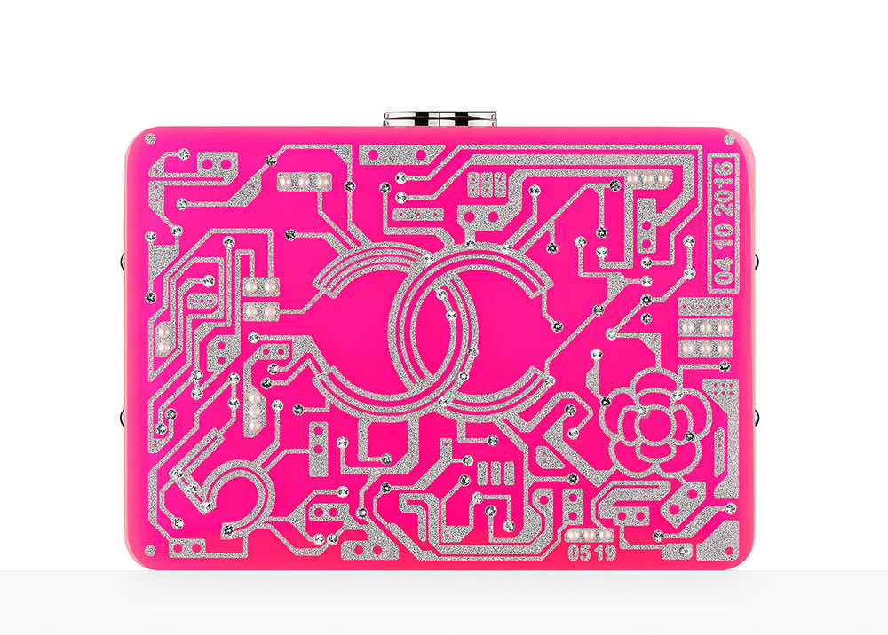 chanel-motherboard-minaudiere-pink-65-92