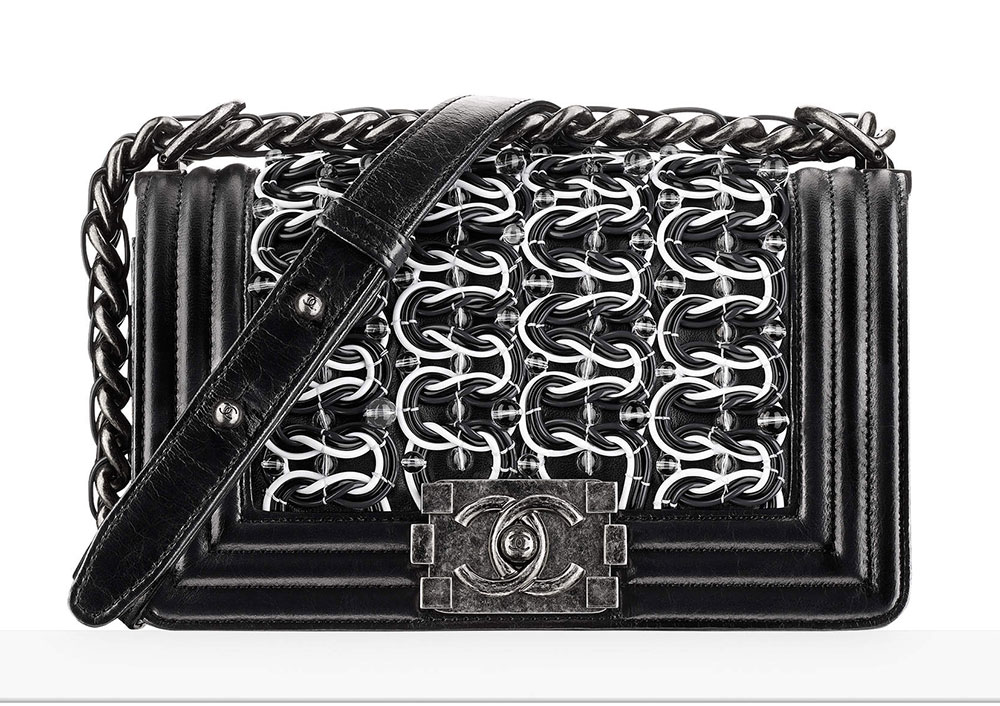chanel-small-boy-bag-black-white-74-92
